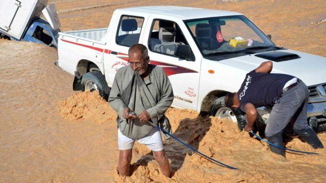أغلب الضحايا سقطوا في مدينة رأس غارب التي تقع على ساحل البحر الأحمر