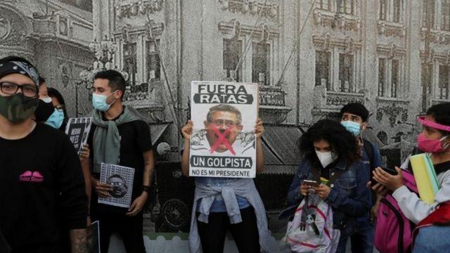 Manifestantes en Perú