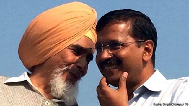 अरविंद केजरीवाल के साथ सुच्चा सिंह छोटेपुर