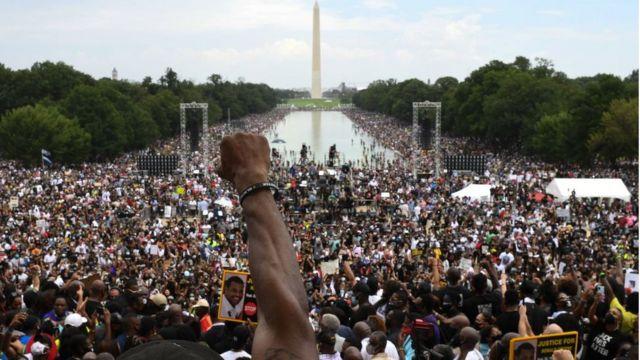 آمار شرکت کنندگان در تجمع امروز واشنگتن حدود ۲۵۰ هزار نفر اعلام شده است