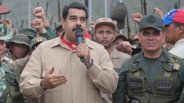 Nicolás Maduro y Vladimir Padrino López.