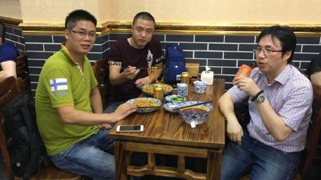 Clientes en el restaurante de Xian