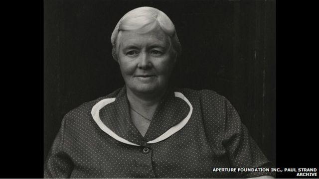 A' Bh.Ph. Eàirdsidh Dòmhnallach