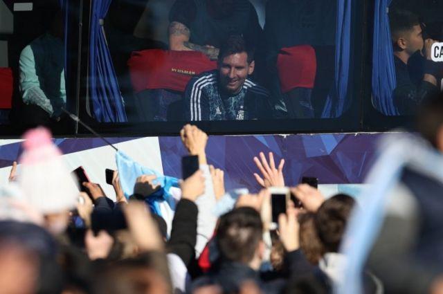 मेस्सीको नेतृत्वमा कोपा अमेरिकाको उपाधि जितेपछि आर्जेन्टिनाको राष्ट्रिय टोली केही दिनअघि स्वदेश फर्किएको छ