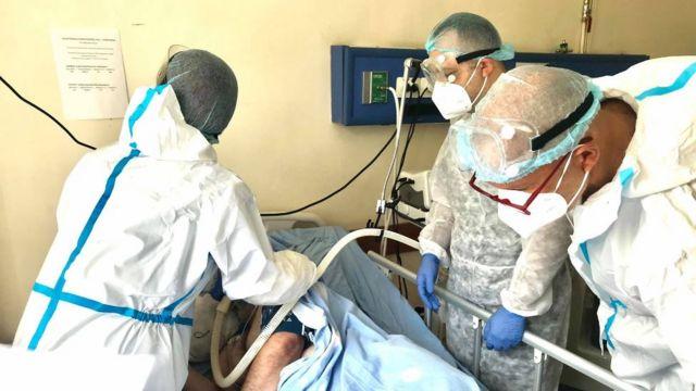 Ermənistanda daha 843 nəfər koronavirusa yoluxub