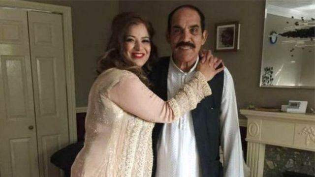Miji da mata Noshina da Khurshid Ahmed a lokacin da suke raye