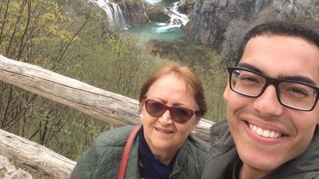 Vera Lúcia e o filho, em viagem à Croácia