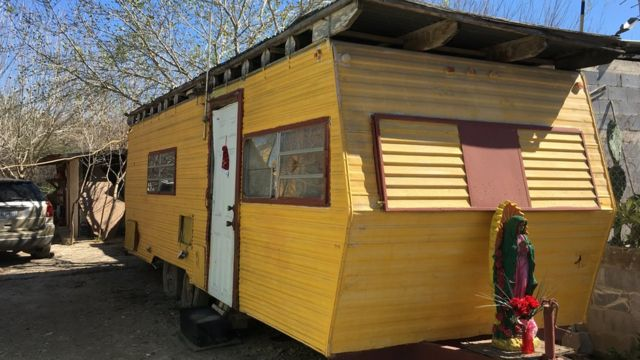 Casa-trailer en Escobares City, Texas.