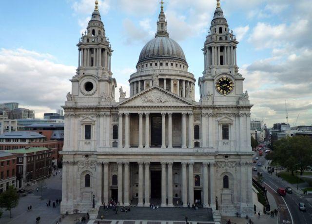 كاتدرائية سانت بول في لندن