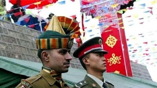 انڈین اور چینی فوجی