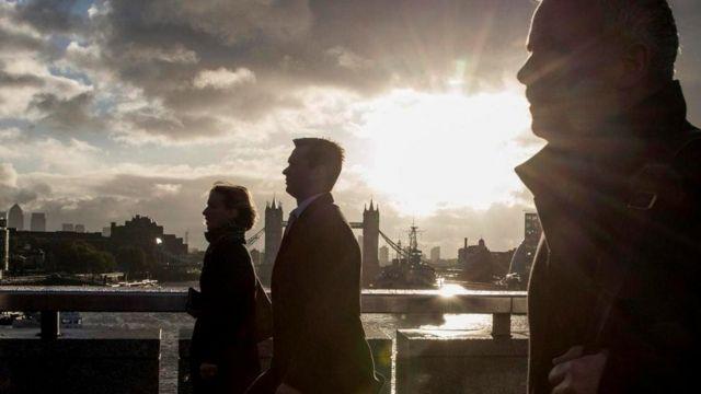"""بريكسيت """"يُحطم آمال"""" العمال الأجانب في بريطانيا"""