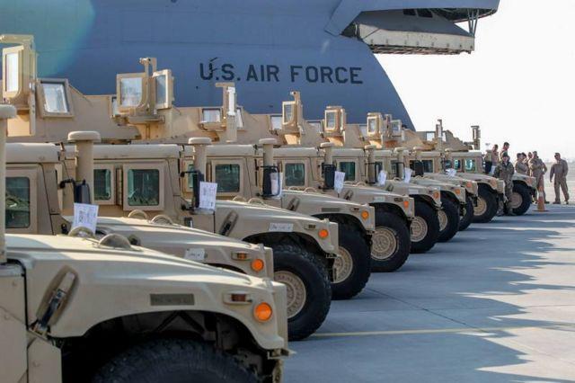 """У 2015 році ЗСУ отримали від США кілька десятків військових машин """"Хамві"""""""