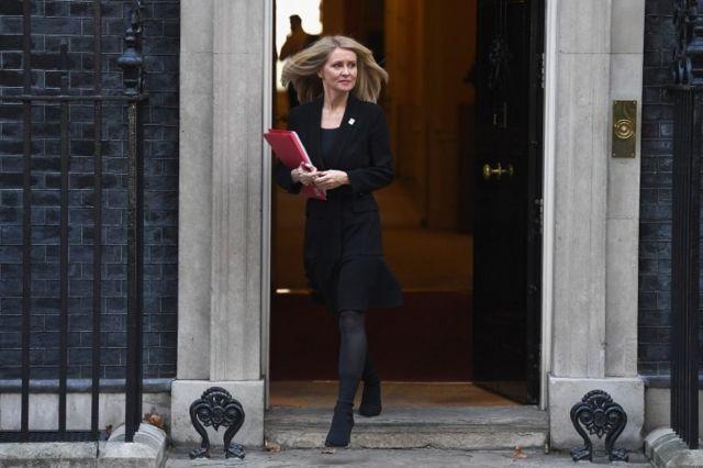 İş ve Emeklilik Bakanı Esther McVey