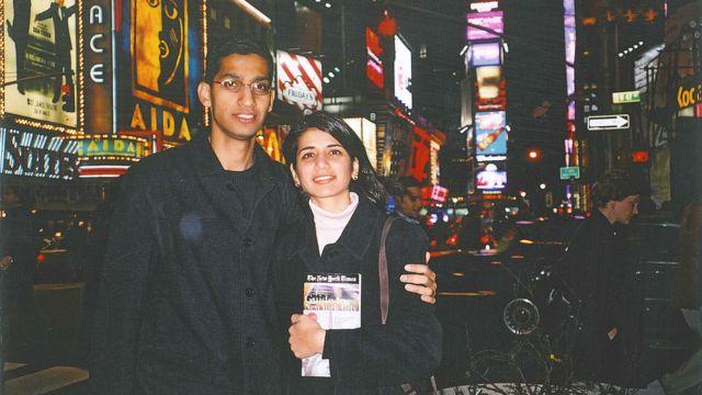 Сундар Пичай со своей девушкой Анджали