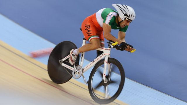 Bahman Golbarnezhad compitiendo en los Juegos Paralímpicos de Londres de 2012.