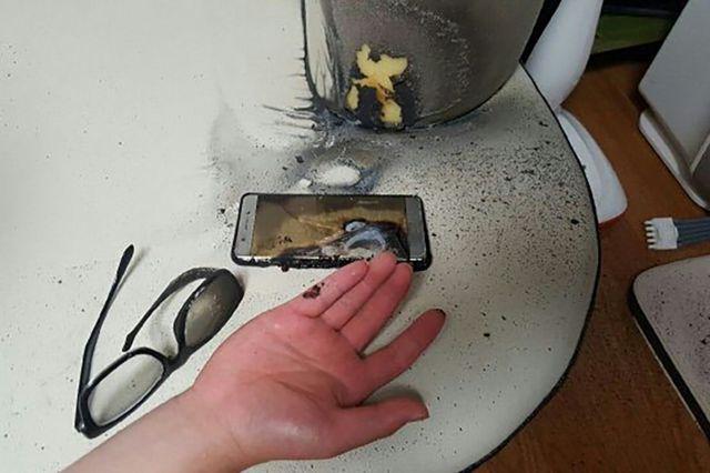 Algunos usuarios reportaron heridas leves por culpa del celular.