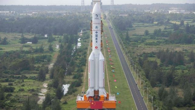 The Long March 5 rocket, which will launch China's Chang'e-5 lunar probe