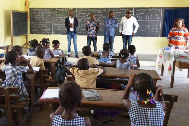 Escola da África