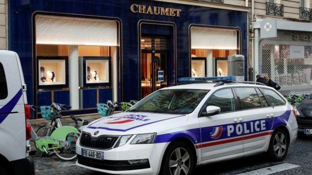 Пограбування в Парижі