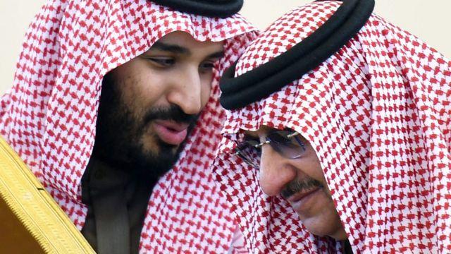Məhəmməd bin Salman (solda) və Məhəmməd bin Nayif (sağda) - iyun, 2017
