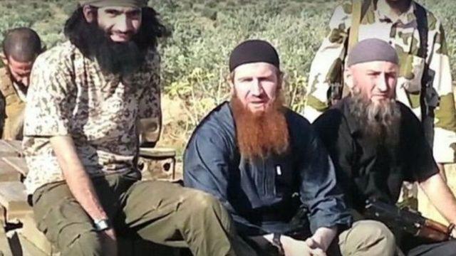 Omar al-Šišani, Čečen, pojavljuje se u ovom klipu pored drugih džihadista u Siriji