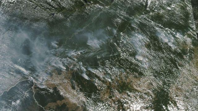 Imagem da Nasa mostra vários incêndios nos estados de Rondônia, Amazonas, Pará e Mato Grosso em agosto de 2019