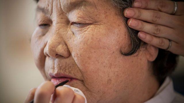 韓国の女性が平均寿命でトップになる