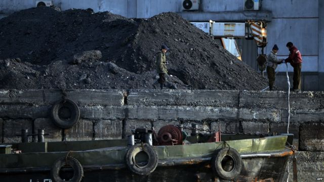 Trabajadores norcoreanos del carbón.