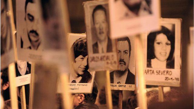 Retratos de desaparecidos durante la dictadura uruguaya (1973 -1984).