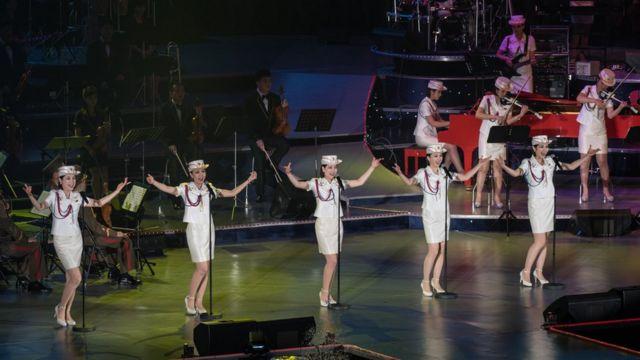 牡丹峰乐团在平壤演出(资料图片)