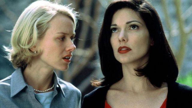 """""""Mulholland Çıkmazı"""" filminden Naomi Watts ile bir sahne"""
