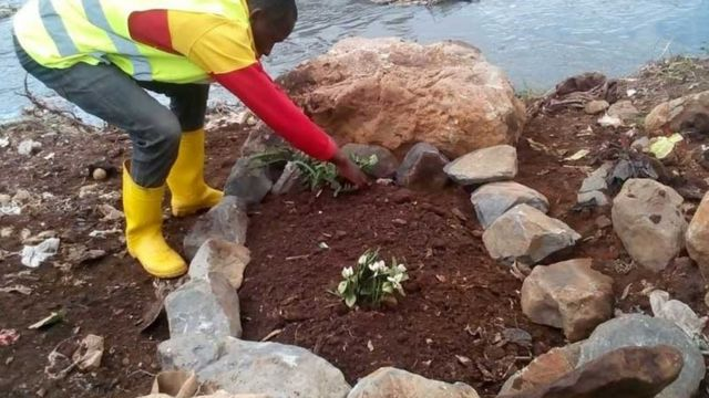 Bodies of 'twins' found in clean-up of Kenya river