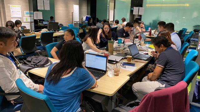 El equipo de rastreo de covid-19 de Singapur