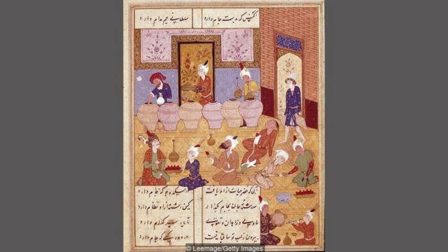 Karya-karya yang dikumpulkan Hafez di Divan mewakili apa yang banyak orang yakini sebagai puncak keemasan puisi Persia.