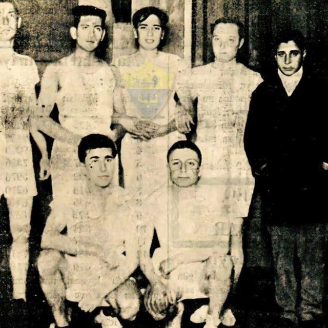 Fenerbahçe Voleybol Kulübü takim arkadaşları ile birlikte