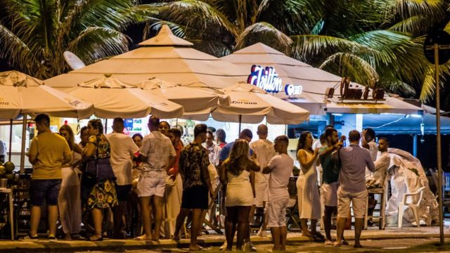 Crowd of people celebrating the new year in Rio de Janeiro