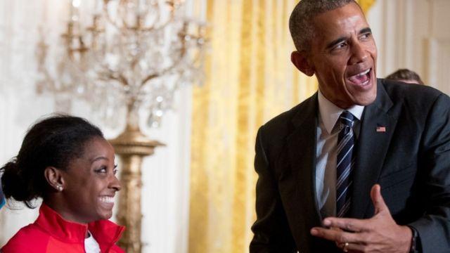 सिमोन बाइल्स और बराक ओबामा