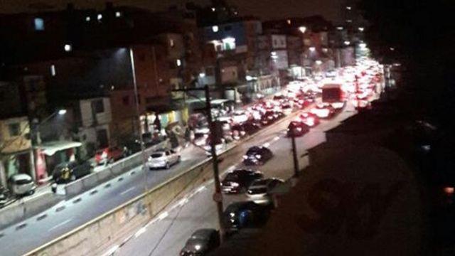 Trânsito na região de Heliópolis