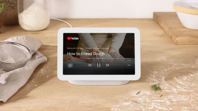 Nest Hub showing a cookery video