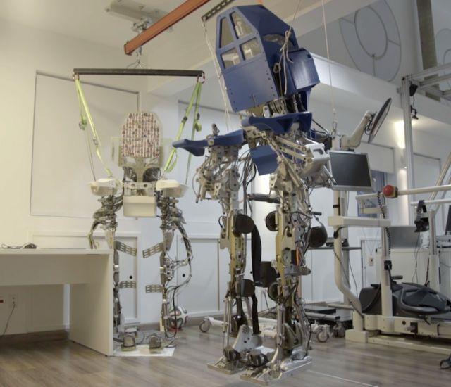 Brain-robot training triggers improvement in paralysis