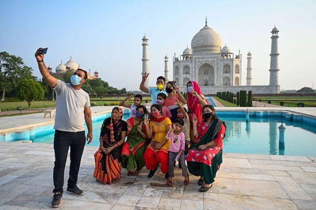 سياح في الهند
