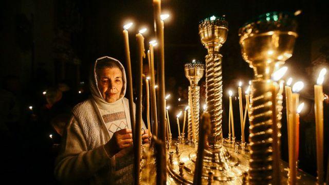 Пасхальное богослужение в Храме-часовне святой равноапостольной княгини Ольги в Запорожье