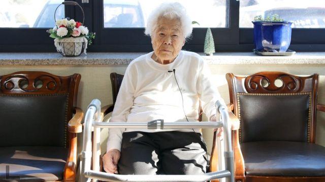 1942년 중국의 위안소에 끌려간 이옥선(92) 할머니는 58년만인 지난 2000년에 한국에 돌아왔다
