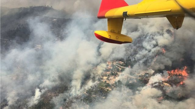 Тушение пожара с самолета