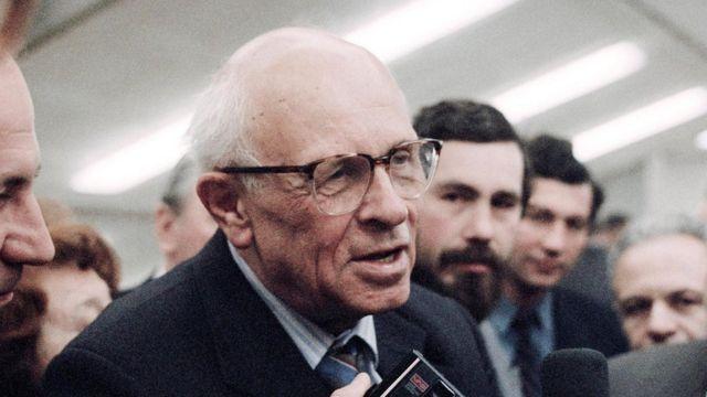 安德烈·萨哈罗夫