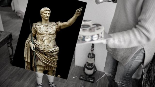 Image of a statue of Emperor Augustus.