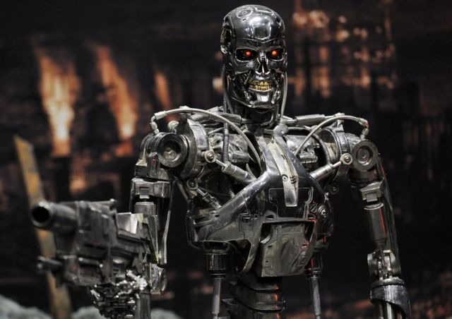 Terminatör filminde kullanılan T-800 robotu