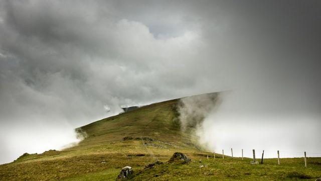 Steve M Smith: túnel de nubes en Carneddau, norte de Gales