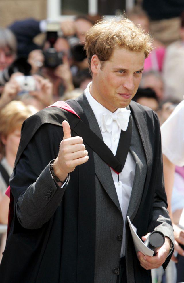 Принц Уильям на церемонии вручения дипломов в Сент-Эндрюсском университете. 2005 год