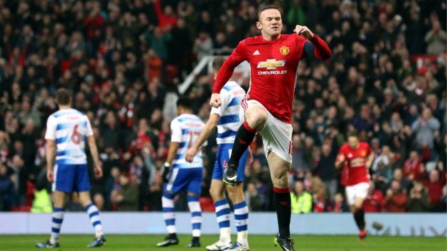 Wayne Rooney na Sir Booby Charlton nibo bamaze kwinjiriza Manchester United ibitsindo vyinshi kurusha abandi muri kahise k'iyo kipe